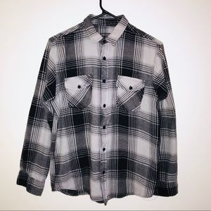 Men's Black and Grey Plaid Long Sleeve Button Down